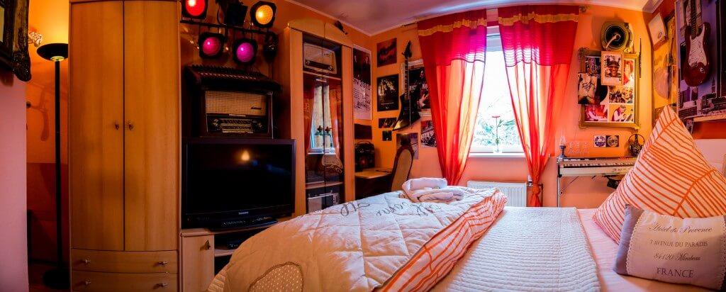 Mitch_Ryder_Room_Bett
